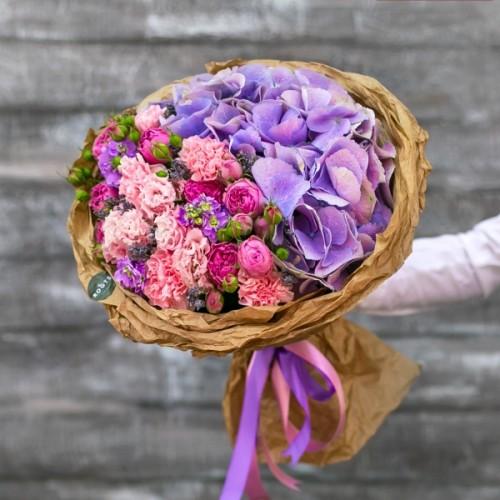 Купить на заказ Нежный букет из гортензий и кустовых роз с доставкой в Боровом