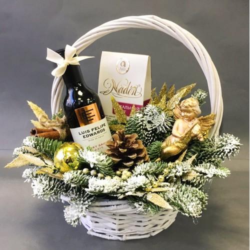 Купить на заказ Заказать Незабываемый подарок в плетёной корзине с доставкой по Богровое  с доставкой в Боровом