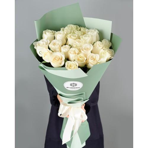 Купить на заказ Заказать Букет из 25 белых роз с доставкой по Богровое  с доставкой в Боровом