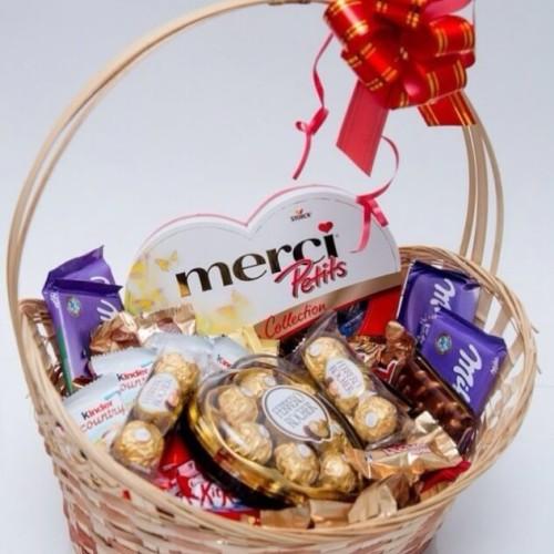 Купить на заказ Заказать Корзина сладостей 4 с доставкой по Богровое  с доставкой в Боровом