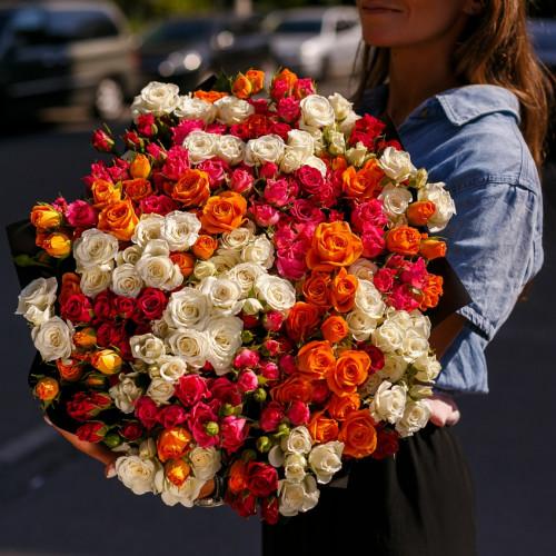Купить на заказ Заказать Букет из 51 спрей  розы с доставкой по Богровое  с доставкой в Боровом