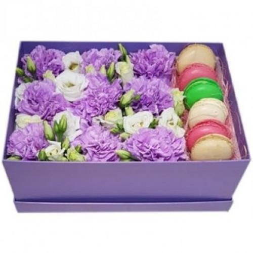 Купить на заказ Фиолетовые гвоздики в коробке с доставкой в Боровом